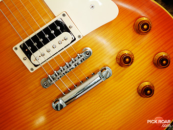 Alnico II Pro humbucker in flamed maple Les Paul